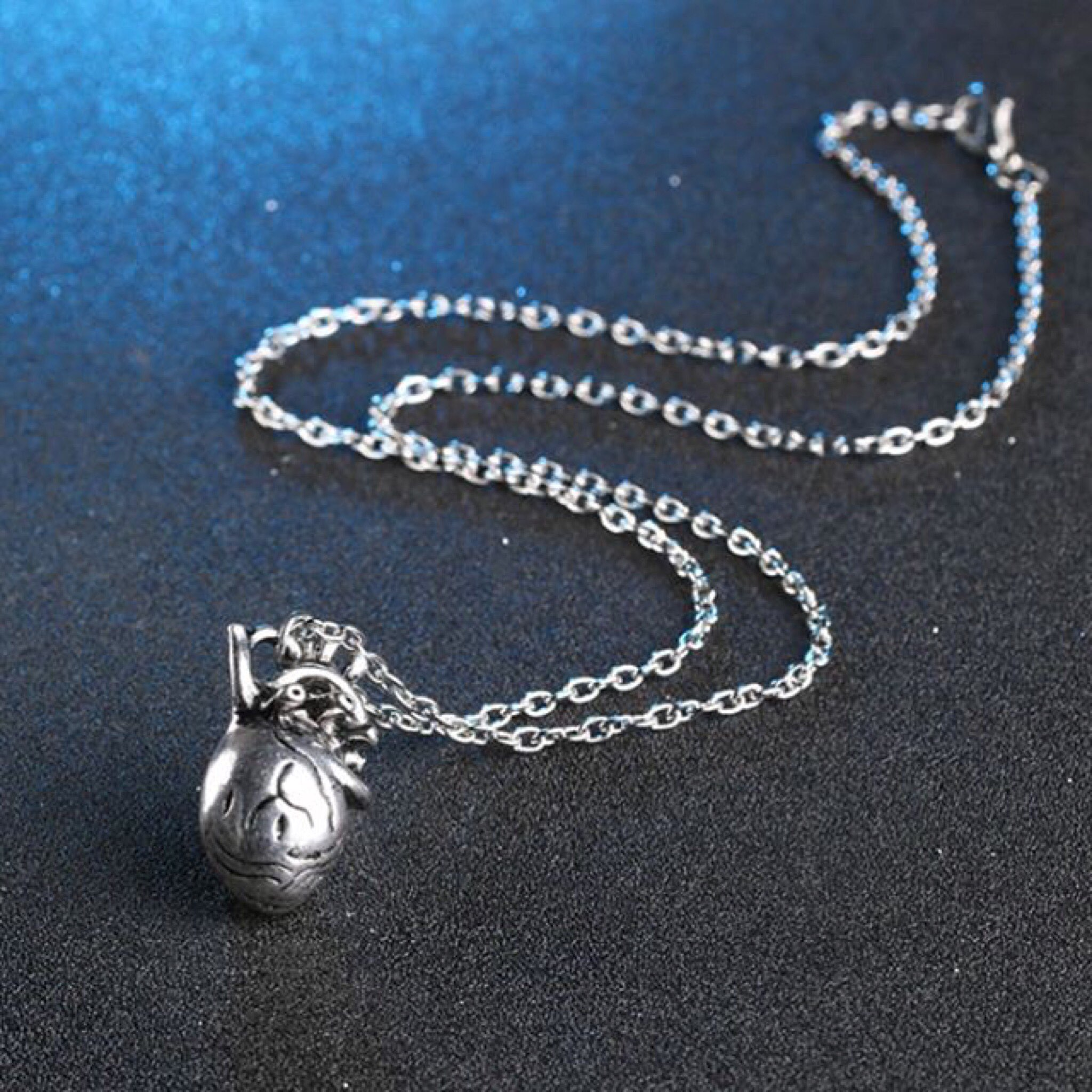 anatomy heart necklace - سلسال القلب | BLVCK WINGS